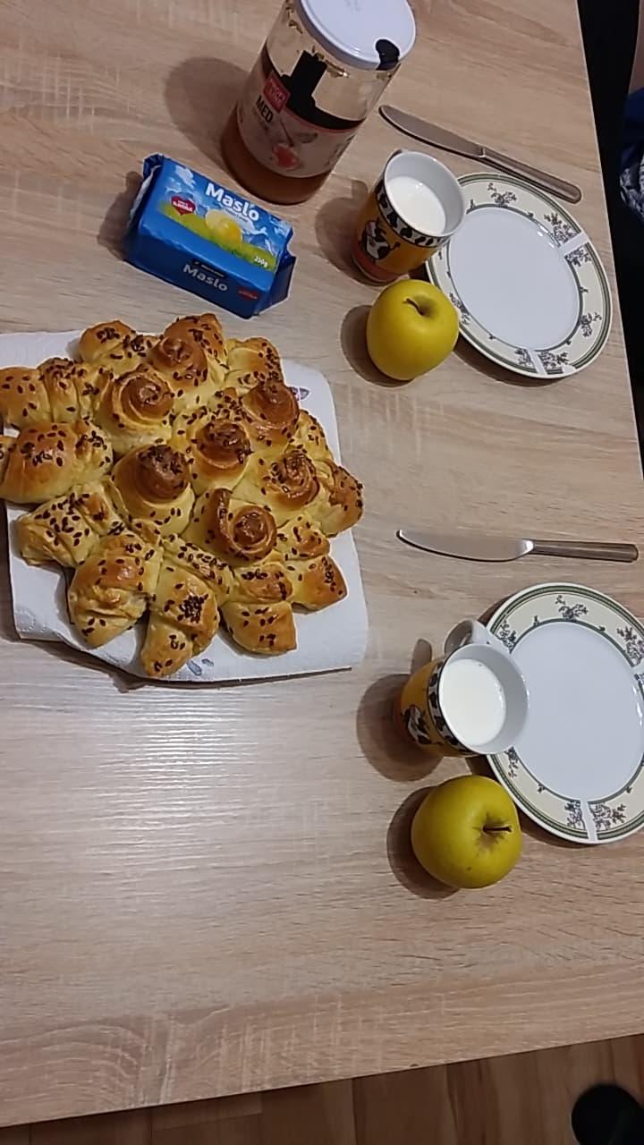 tradicionalni-slovenski-zajtrk-aljac5be-klinar-7-r